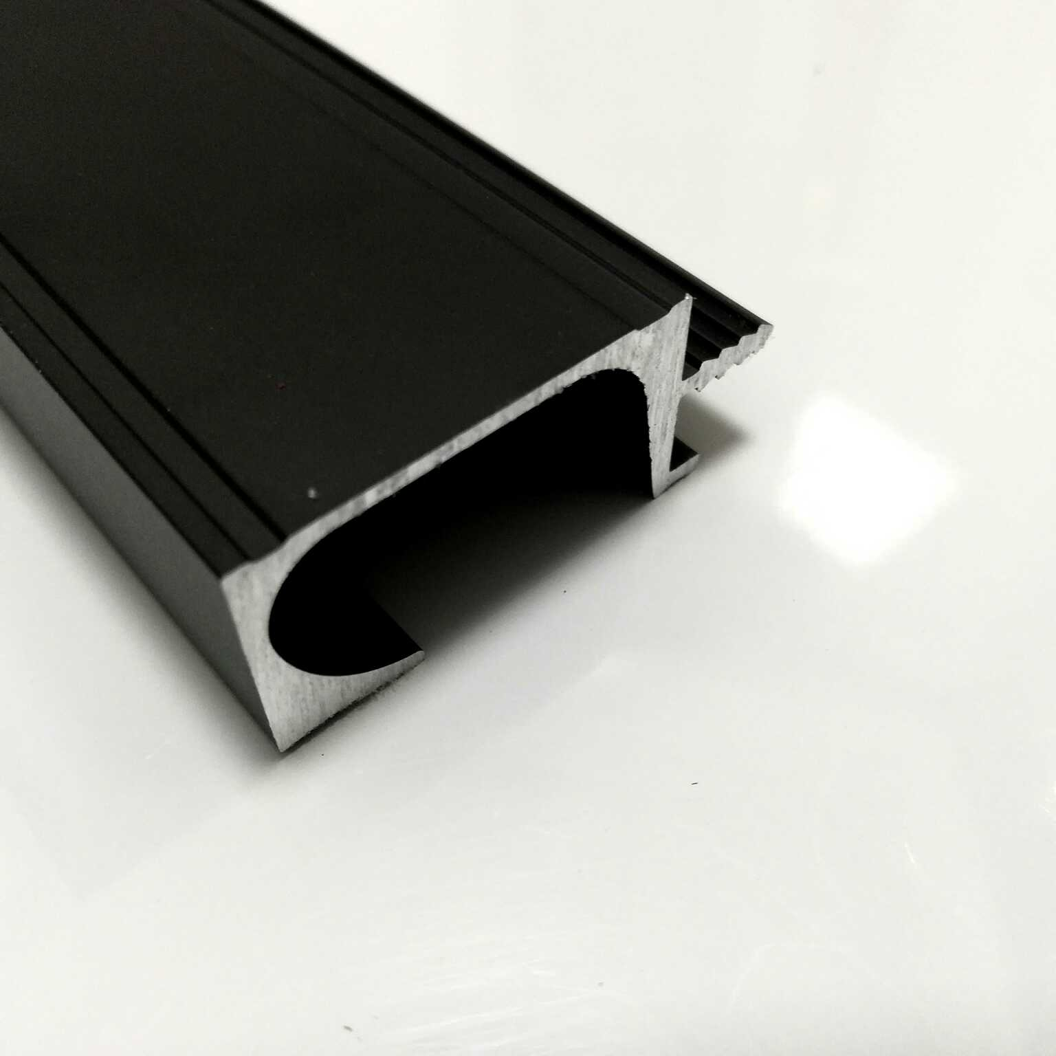 XJY-038 3 meters Black anodize G handle aluminium profile for kitchen cabinet