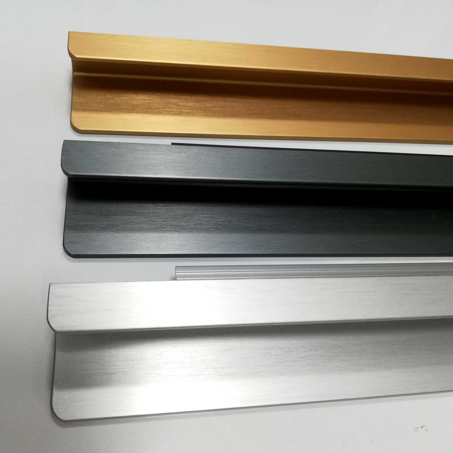 YL-A112  Brushing K gold/Black/Silver Anodized Plaza Surface-mounted Handle for wardrobe/kitchen/cabinet/drawer/furniture